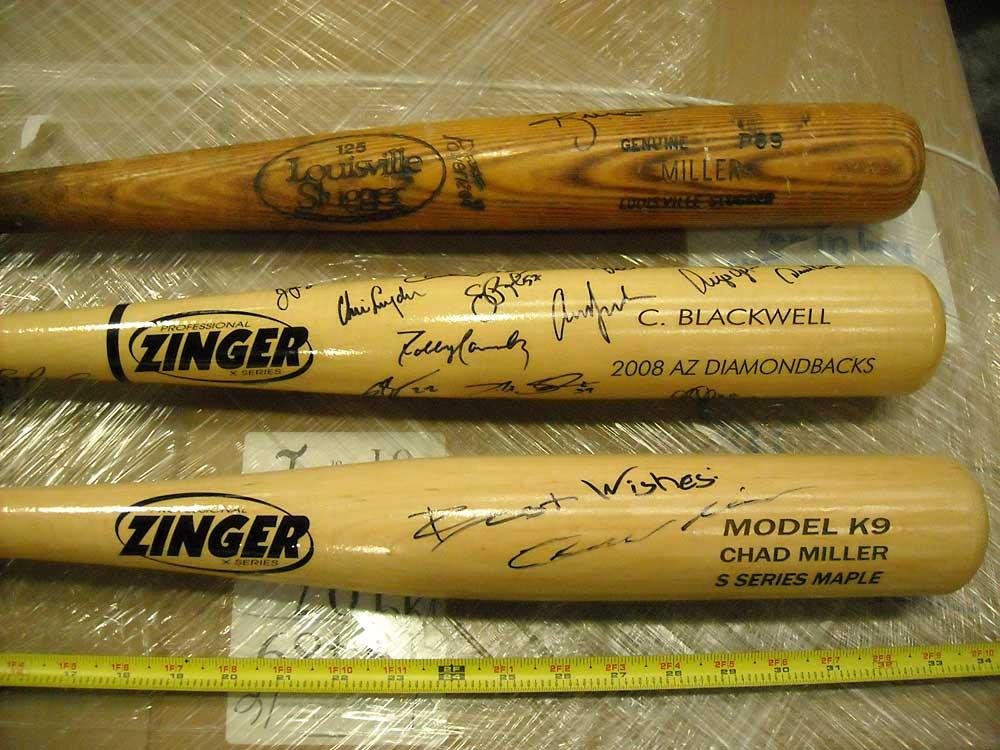 Autographed-MLB-Bats