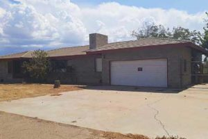Online Auction: Home With Crop Farm In Blythe, CA