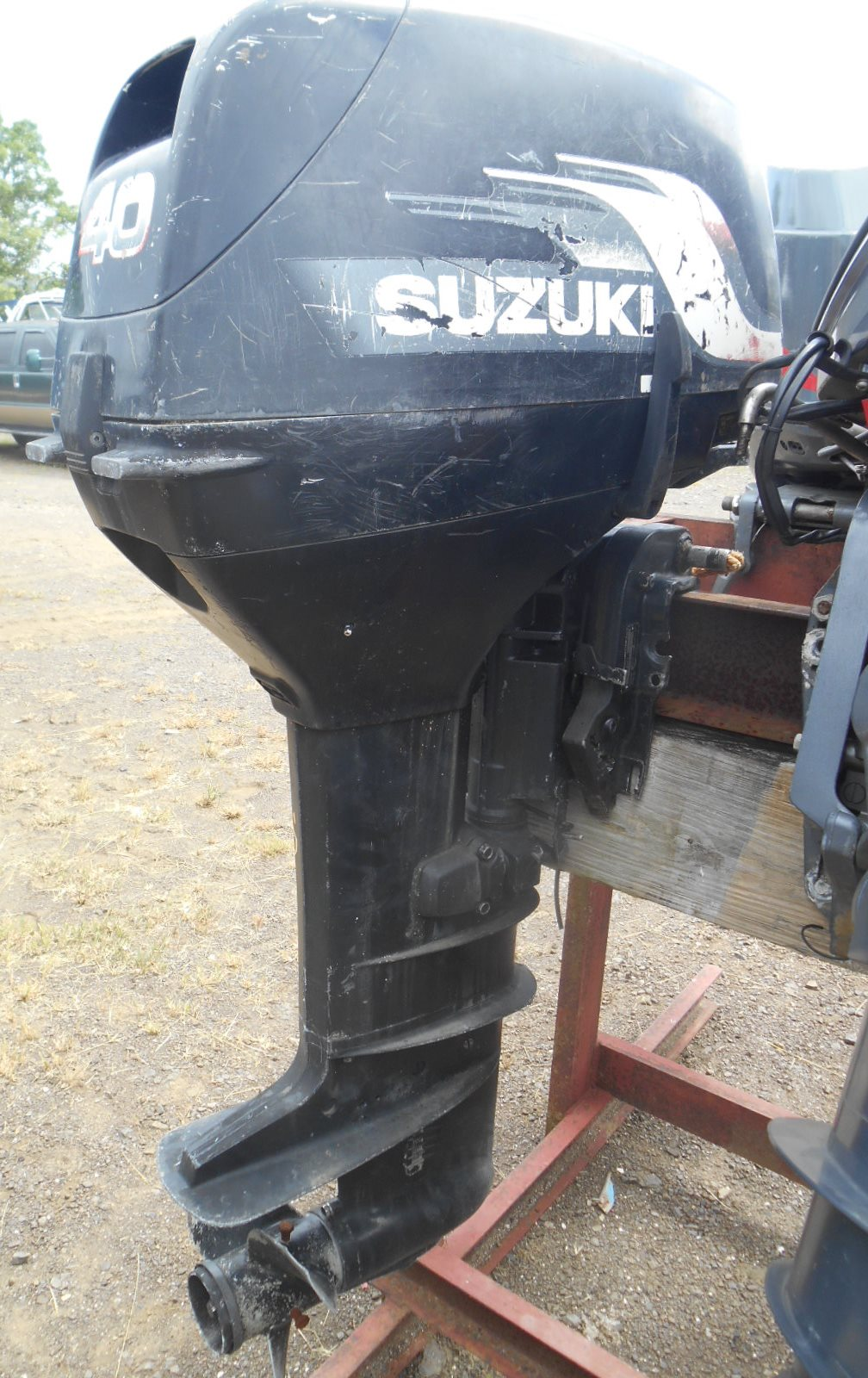 Lot 4 40 HP Suzuki (5)