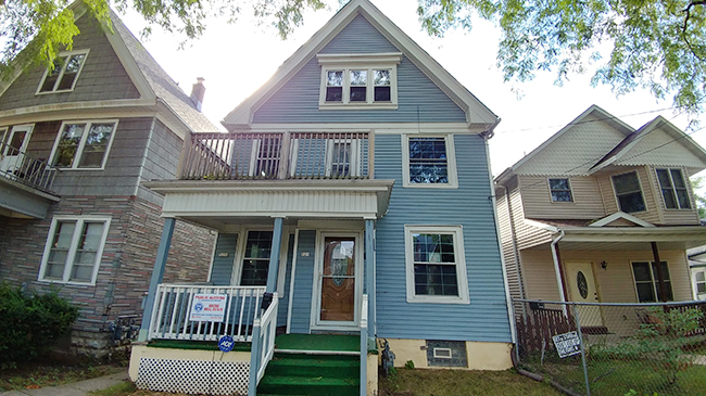 Online Auction: Residential Duplex 529 & 529A N. 40th St, Milwaukee, WI