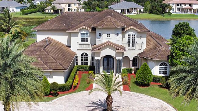 Online Auction: Single Family Home 14563 Jockey Circle South, Davie, FL